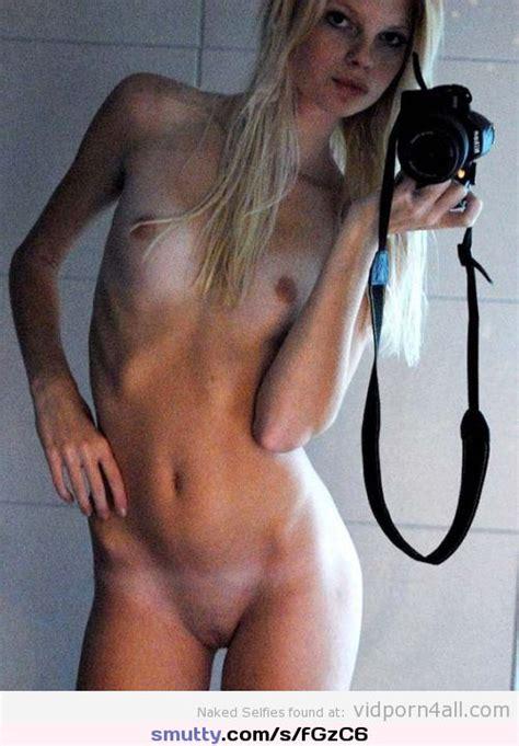 Nakedselfie Naked Selfies Smutty Com