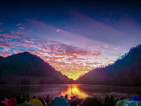cantiknya sunrise  ranu kumbolo gunung semeru viapendaki