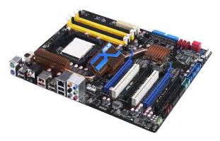 Asus M4A79 Deluxe Motherboard