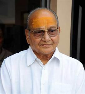 Telugu actor-director Kasinadhuni Viswanath wins ...