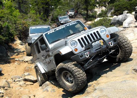 lowered jeep wrangler unlimited rubicon express re3756 rear adjustable lower control arms