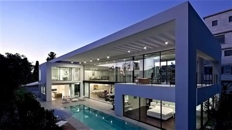Modern Houses : Stunning Ultra-modern Contemporary Luxury Residence In