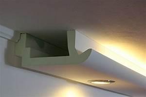 Lampen Für Indirekte Beleuchtung : deckenlampen von bendu fassaden stuck lichtprofile und andere lampen f r wohnzimmer online ~ Markanthonyermac.com Haus und Dekorationen