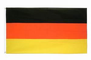 Deutsche Fahne Kaufen : deutschland fahne online kaufen flagge 90 x 150 cm flaggenplatz ~ Markanthonyermac.com Haus und Dekorationen