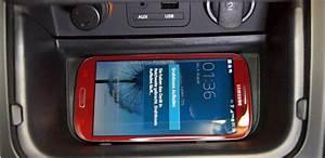 Handy Kabellos Laden : qi ladestation im neuen kia ceed handys kabellos im auto aufladen ~ Markanthonyermac.com Haus und Dekorationen