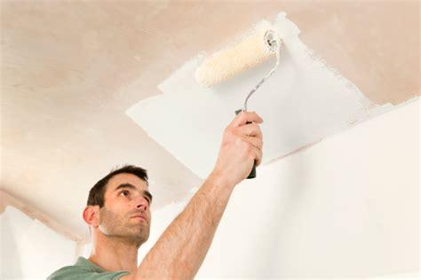 quelle peinture choisir pour un plafond comment bien le repeindre