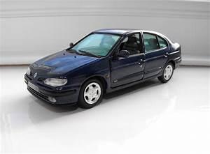 Diecast Passion  Renault Megane Classic