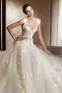 Vintage wedding dresses dressed up girl for Lacy wedding dresses