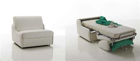 épaisseur cuir canapé fauteuil lit en cuir à ouverture express verysofa