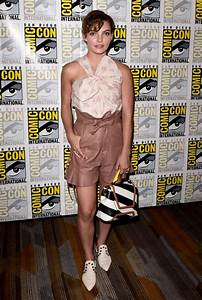 Camren Bicondova - Gotham Press Line at 2017 Comic-Con in ...