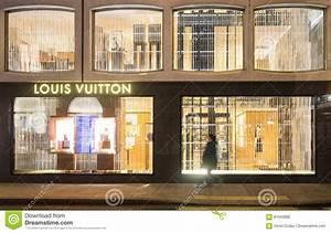 Louis Vuitton Store Editorial Photo - Image: 87043686