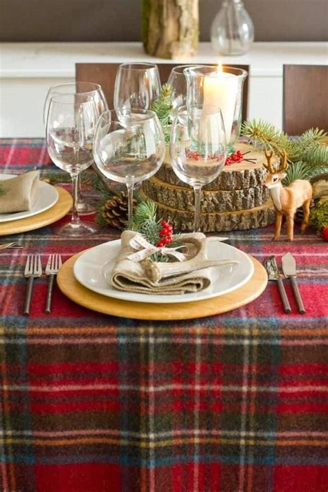 wonderful christmas dinner table settings  merry