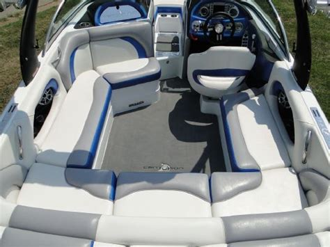 Ski Boat Interior Design by The 9 Best Images About New Boat Makeover On