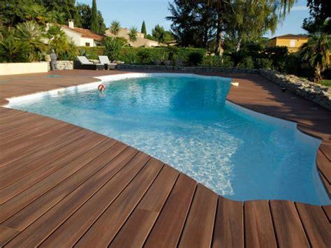 revetement sous piscine hors sol quel rev 234 tement de sol pour les abords d une piscine