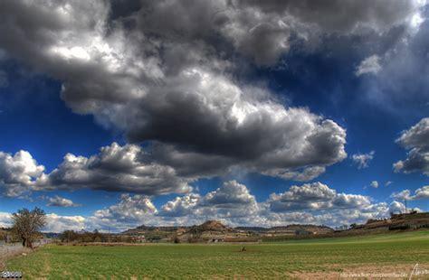 las nubes  su influencia en el cambio climatico eco