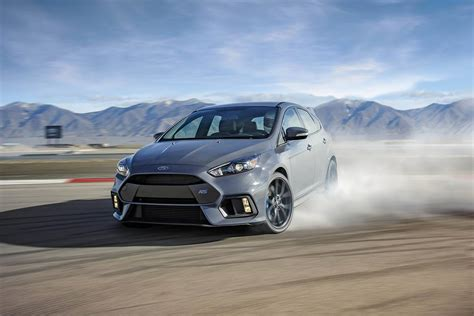 Drift Ford Focus by Eye The 2017 Ford Focus Rs Is A 350 Horsepower