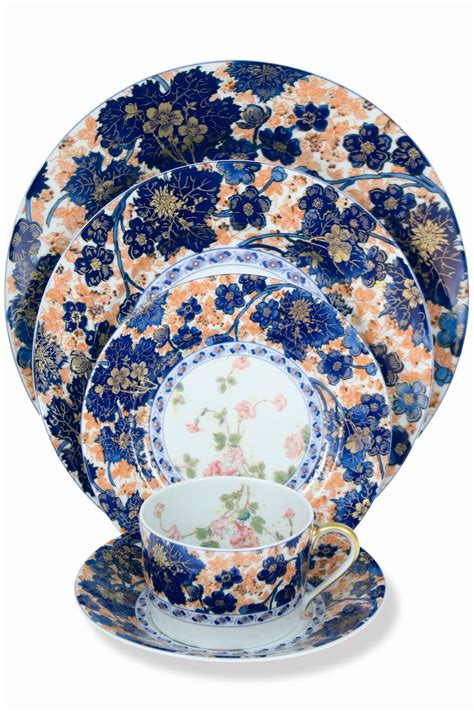 registry townandcountrymag scully dinnerware