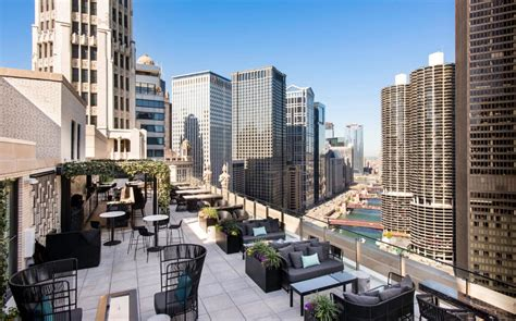 the best hotels in downtown chicago telegraph travel