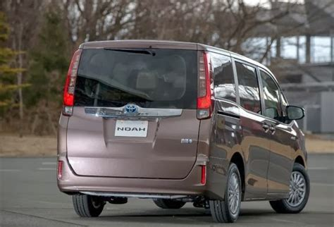 Toyota Nav1 Picture by Toyota Noah 2014 Motor