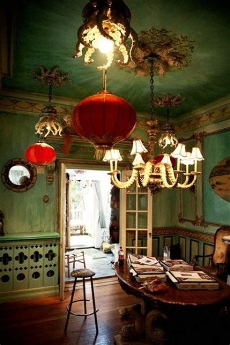 daring red  green interior decor ideas digsdigs