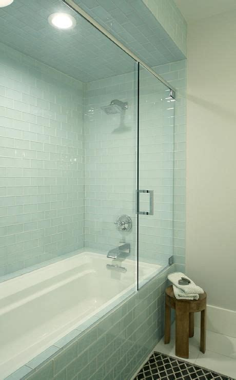 fabulous bathroom features  drop  tub shower combo