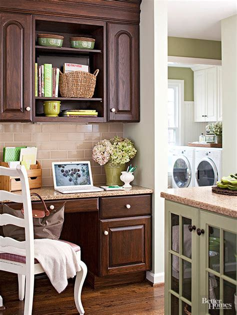 Kitchen Cabinet Wood Choices   Better Homes & Gardens