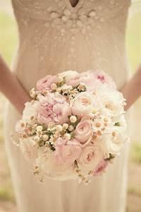 pourquoi opter pour un bouquet de mariee rond With affiche chambre bébé avec bouquet de fleur blanc