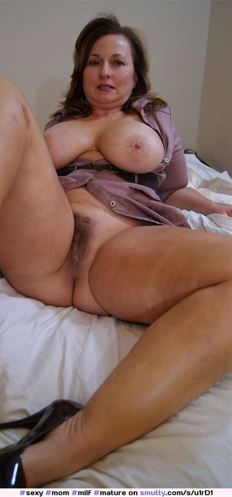 Mommilfmaturesexy