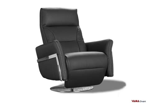 Reclining Armchair In  Ee  Black Ee   Leather With Manual Mechanism