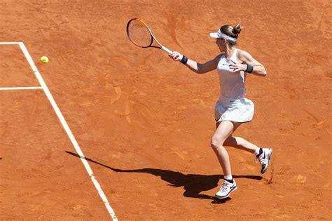 Simona Halep vs. Elise Mertens | 2018 Mutua Madrid Open Second Round | WTA Highlights - Смотреть видео на Zvideos.ru