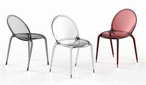 Chaise empilable en polycarbonate loop by roche bobois for Roche et bobois chaises
