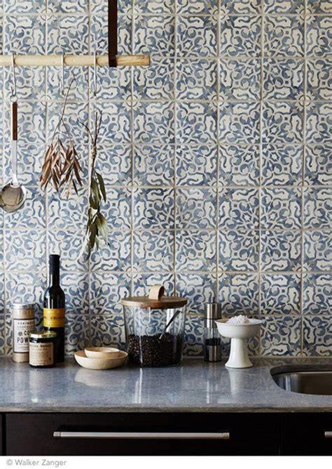 bold mosaic kitchen backsplashes   inspired digsdigs