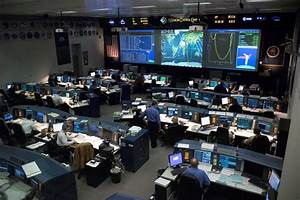 NASA Command Center Monitors - Pics about space