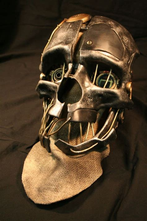 An Exquisite Replica Of Corvos Mask From Dishonored
