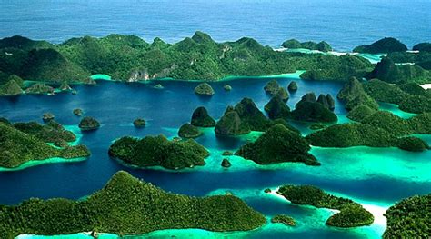 inilah  pulau indah   perawan  raja ampat