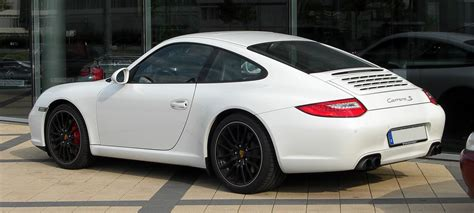 fileporsche  carrera  coupe  facelift