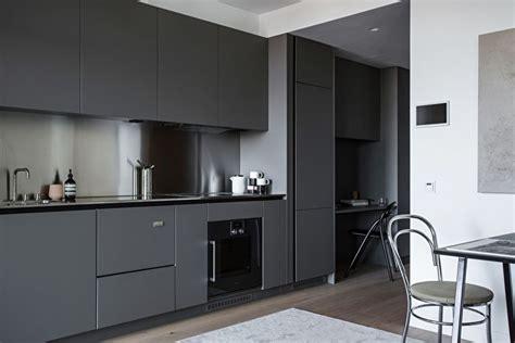 dizayn kukhni  stile minimalizm  foto minimalistichnaya kukhnya idei intererov