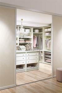 Begehbarer Schrank System : 100 stylish and exciting walk in closet design ideas digsdigs ~ Markanthonyermac.com Haus und Dekorationen