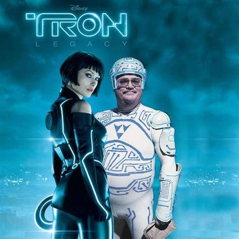 Tron: Silver Lake | Tron legacy, Tron, Guys