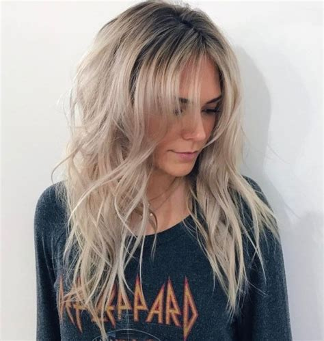 18 Beautiful and Effortless Layered Haircuts with Bangs