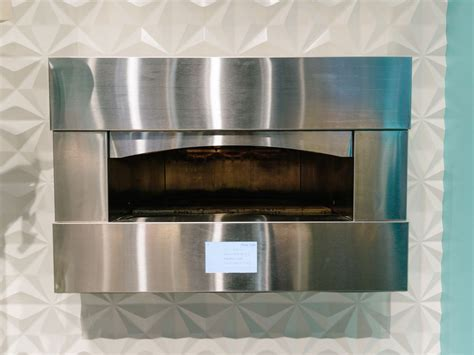ges  monogram pizza oven turns   heat pictures cnet