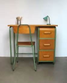 bureau style vintage mid century modern arthur umanoff style wicker basket