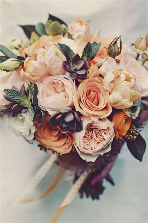 autumn wedding flowers bouquet inspiration weddingsy