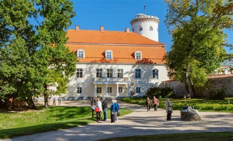 Cēsu Jaunā pils | Latvia Travel