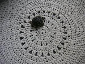Tapis En Crochet : le tapis rond phildar madame fait du crochet ~ Teatrodelosmanantiales.com Idées de Décoration
