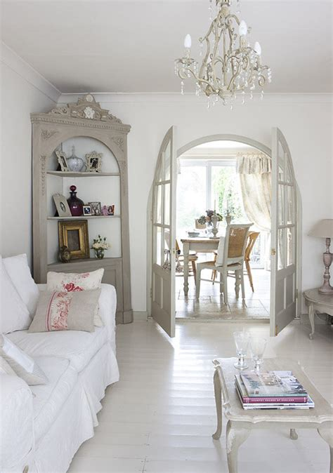 Cottage Inglese Bellissimi Arredi In Stile Shabby In Un Cottage Inglese