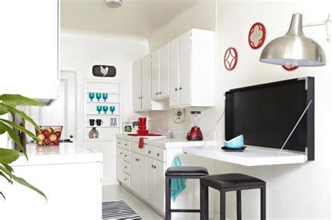 table de cuisine petit espace la table de cuisine pliante 50 idées pour sauver d