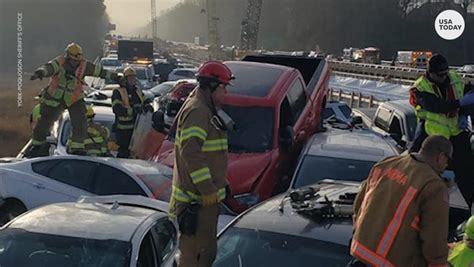 virginia crash  hurt   cars collide  icy