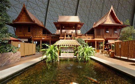 """Тайский домик  Thaihaus  Аквапарк """"Тропический остров"""