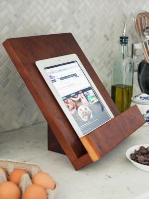 modern tablet  cookbook stand crafty